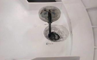 retirada_apoios_varas_de_suspensão_lavadora_consul_floral-7kg