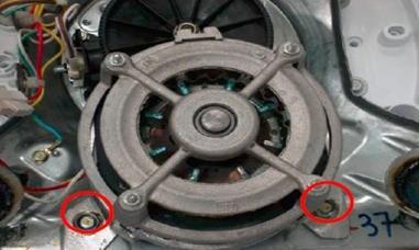 retirada motor lavadora consul floral 7kg thumb Desmontagem e Testes da Lavadora Consul Floral 7kg